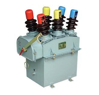 DW10-10型柱上多油断路器